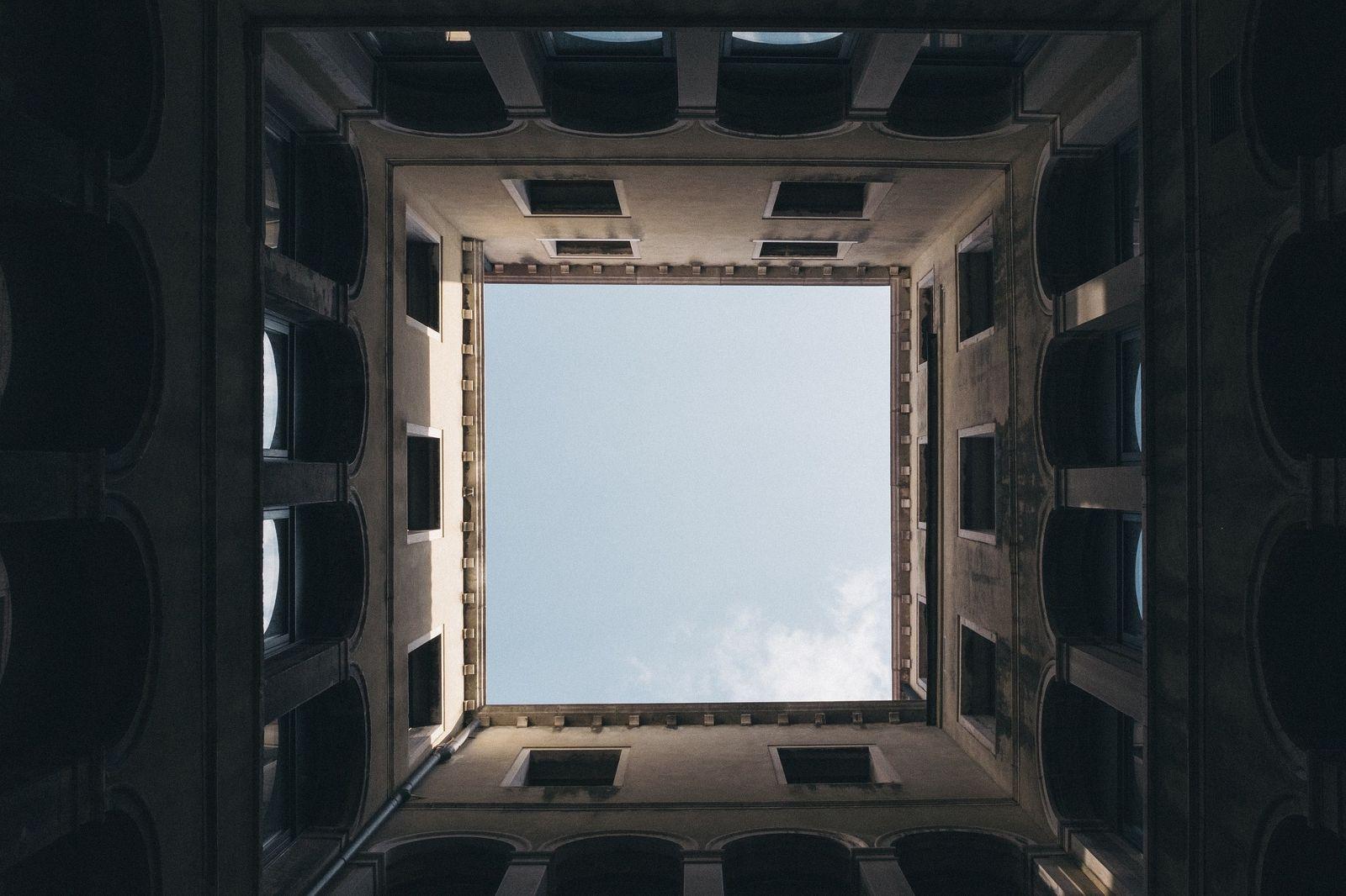 square-984205_1920